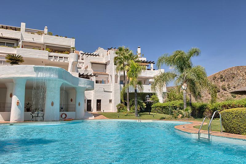 Apartments for sale in Santa Clara Golf
