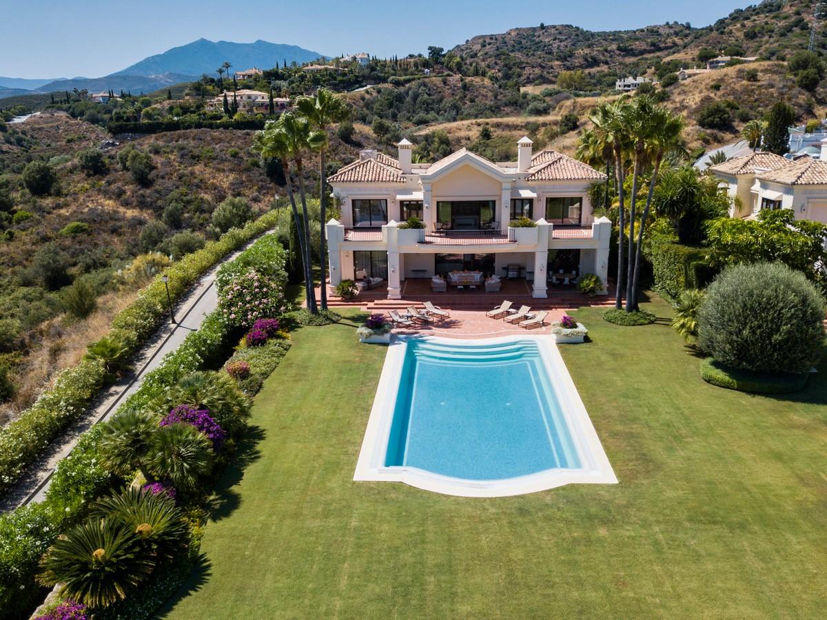 Properties for sale in Sierra Blanca