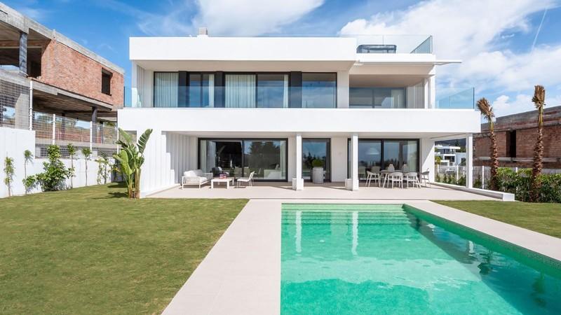 Villas for sale in Cancelada