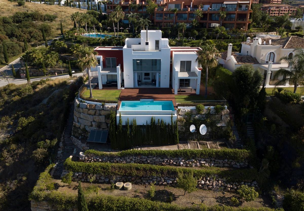 Villas for sale in Los Flamingos Golf Resort