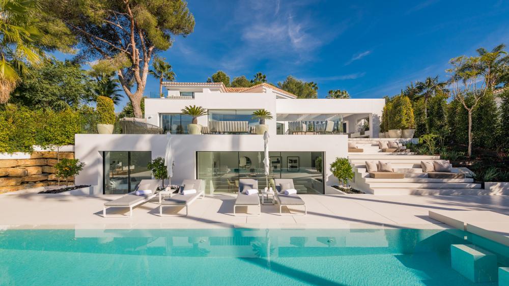 Villas for sale in Nueva Andalucía